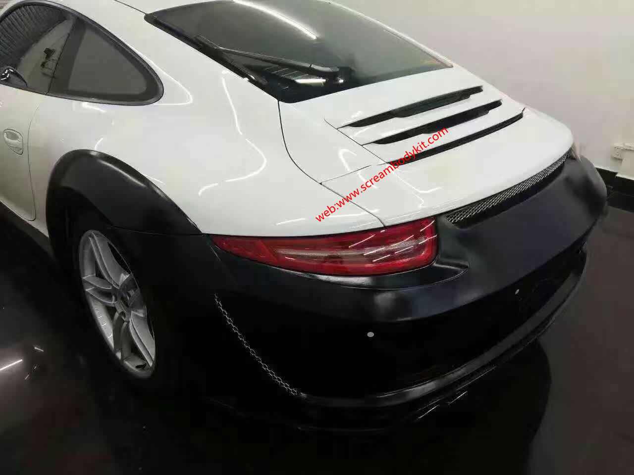 porsche 911 991 update Topcar wide body kit front bumper after bumper side skirts hood rear spoiler fenders