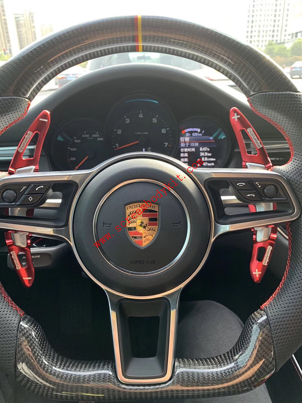Porsche 911 cayenne Panamera cayman macan 718 Boxster 918  carbon fiber Steering wheel or LED light  Steering wheel