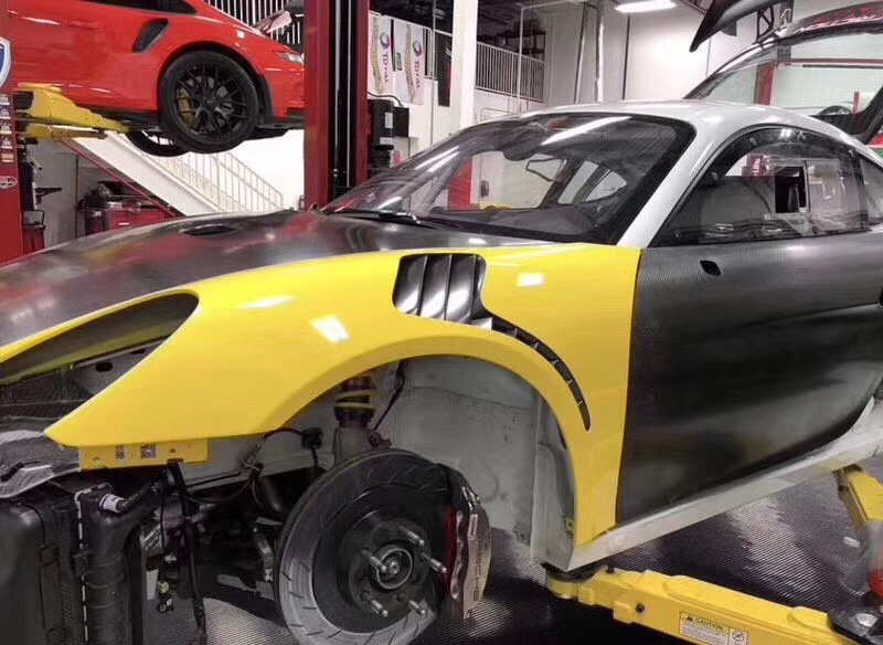 Porsche 981 cayman or boxster GT4 RS fenders